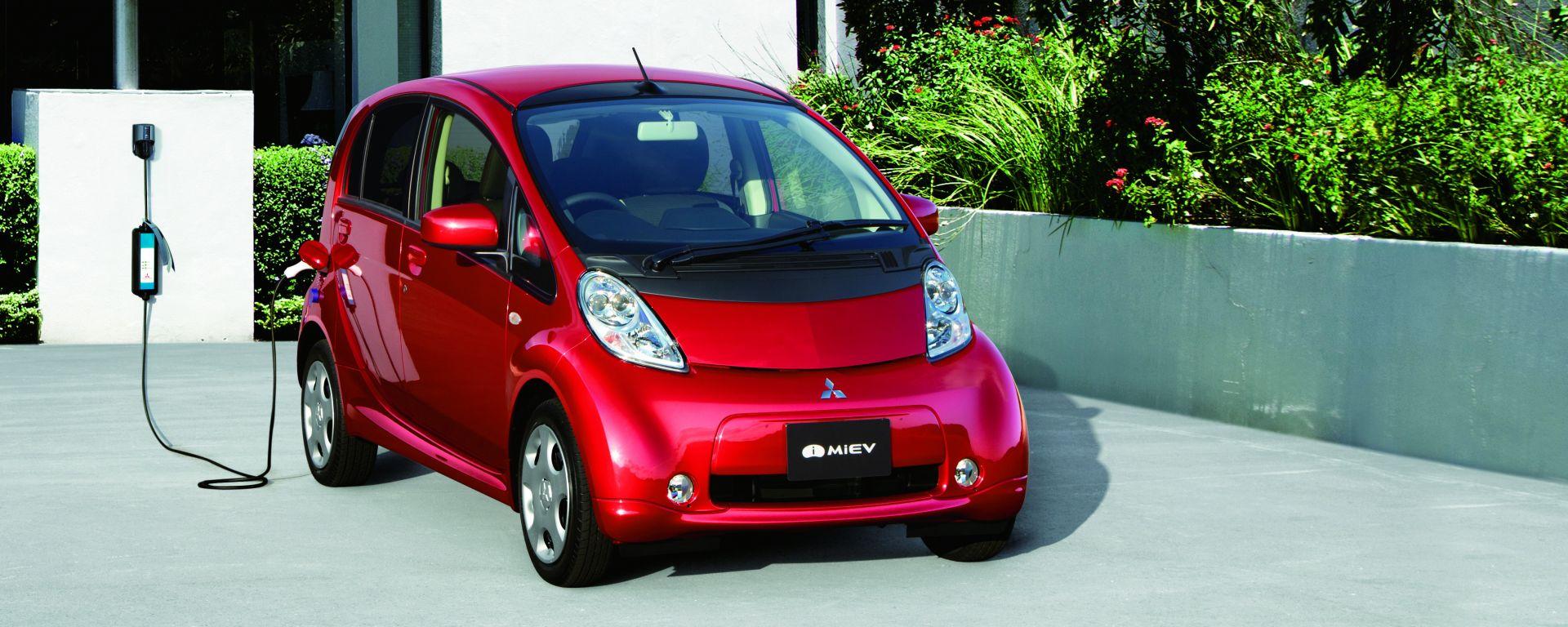 Mitsubishi i-MiEV: la city car a 0 emissioni compie 10 anni