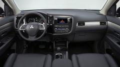 Mitsubishi Outlander 2013 - Immagine: 3