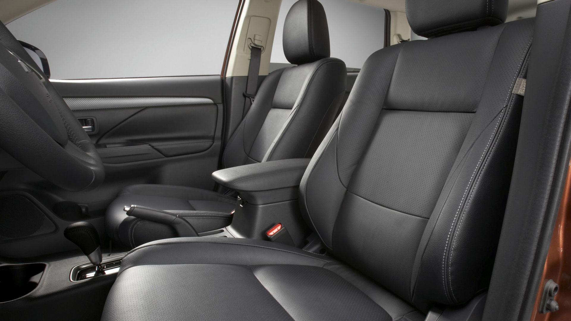 Immagine 62: Mitsubishi Outlander 2013
