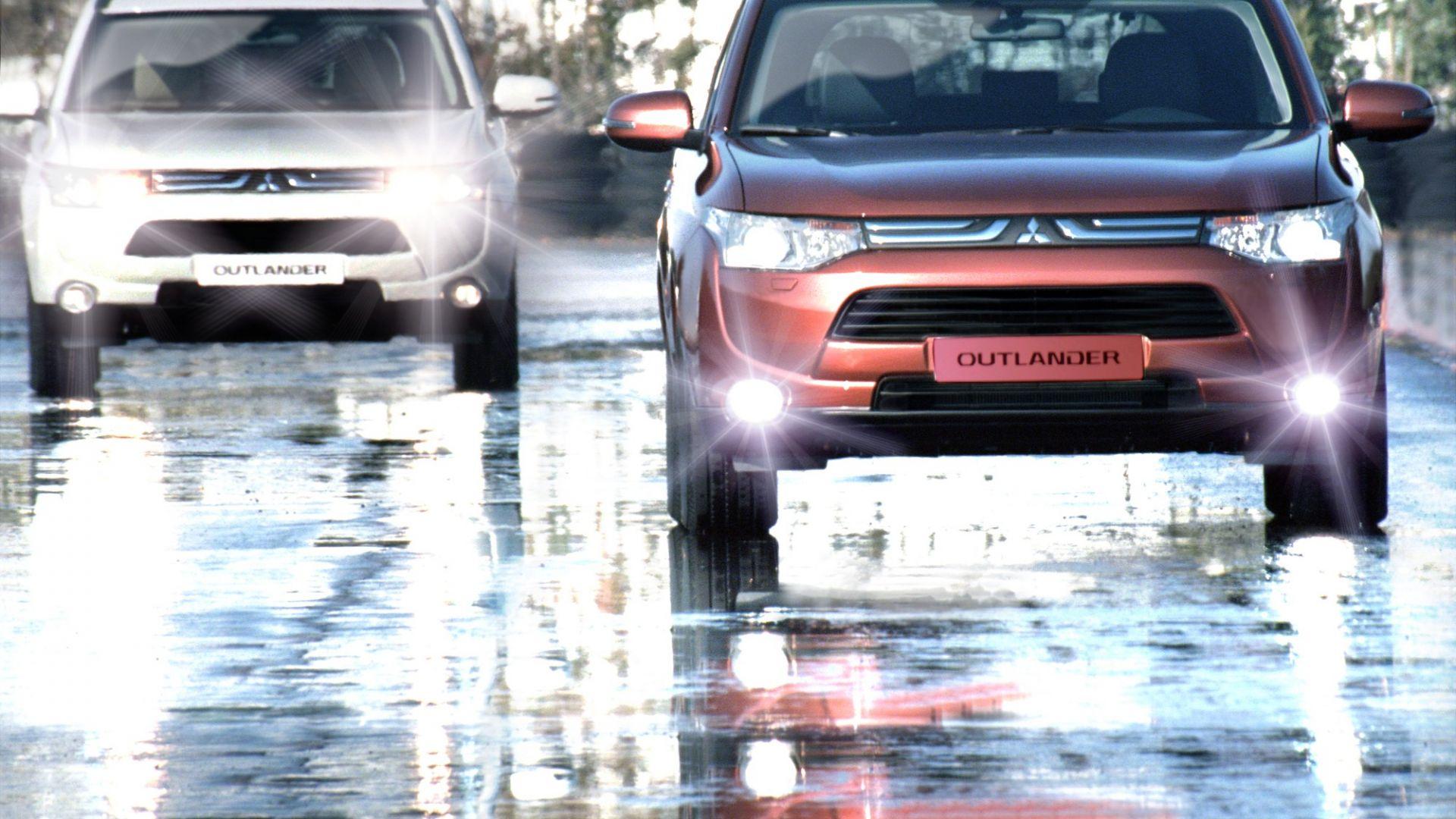 Immagine 41: Mitsubishi Outlander 2013