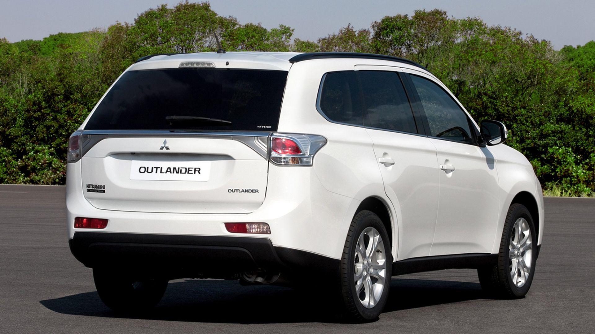 Immagine 34: Mitsubishi Outlander 2013