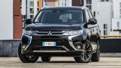 Mitsubishi Outlander PHEV 2018: dimensioni e consumi reali della prova