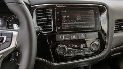 Mitsubishi Outlander PHEV 2018: ecco come funziona e come va - Immagine: 17