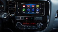 Mitsubishi Outlander PHEV: i vantaggi dell'elettrico senza l'ansia da ricarica - Immagine: 8