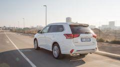 Mitsubishi Outlander PHEV: i vantaggi dell'elettrico senza l'ansia da ricarica - Immagine: 21