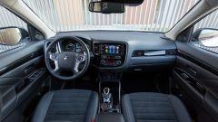 Mitsubishi Outlander Phev 2019: gli interni