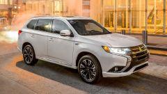 Mitsubishi Outlander PHEV ibrida: così l'attaccano gli hacker
