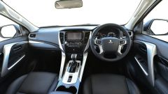 Mitsubishi Pajero Sport 2020, gli interni