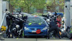 Mobil 1: un carwash in stile F1  - Immagine: 5