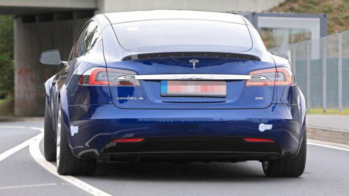 Model S: il posteriore
