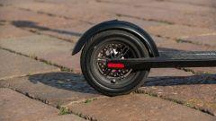 Monopattino elettrico Vivobike S3, la ruota posteriore