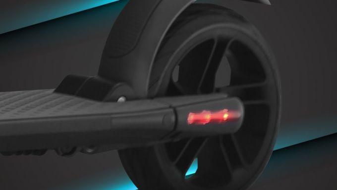 Monopattino Mercedes-Benz: particolare posteriore