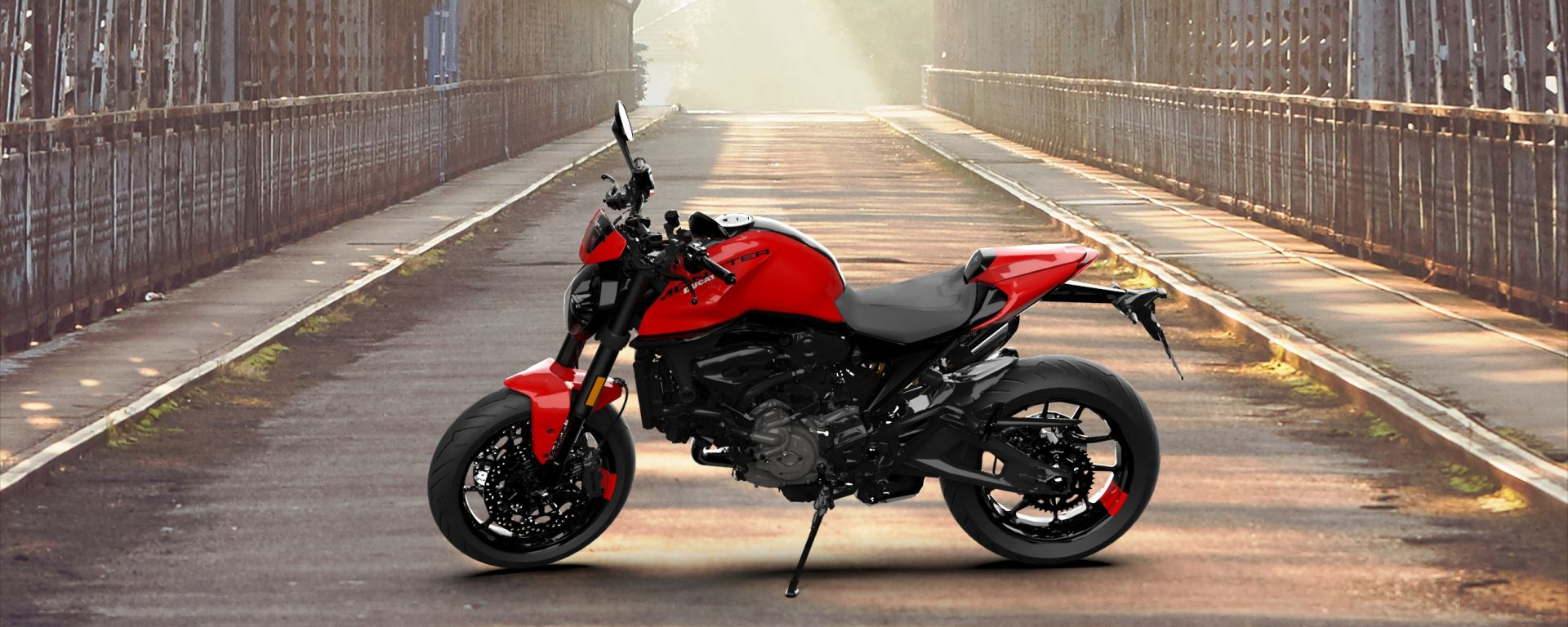 Monster Italian Virtual Tour: fai una foto e vinci la Ducati