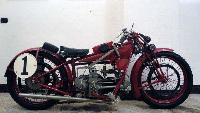 Moto Guzzi 4V (1924)