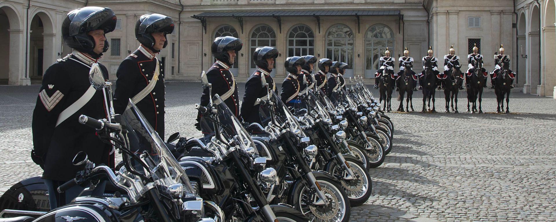 Moto Guzzi: consegnate al Reggimento Corazzieri le California 1400