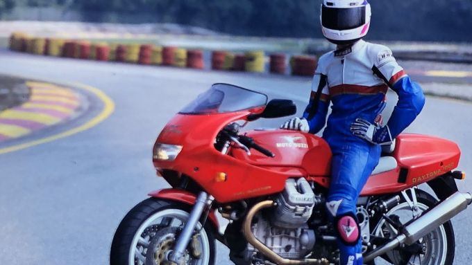 Moto Guzzi Daytona 1000 i.e. in pista