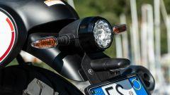 Moto Guzzi: in sella alla V7 Racer 10° Anniversario (VIDEO) - Immagine: 18