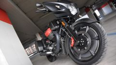 Moto Guzzi MGX-21, ruota anteriore da 21