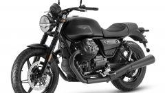 Nuova Moto Guzzi V7 2021: cilindrata aumentata e più tecnologia. Le foto - Immagine: 16