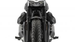 Nuova Moto Guzzi V7 2021: cilindrata aumentata e più tecnologia. Le foto - Immagine: 17