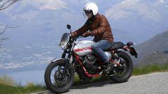 Moto Guzzi V7 II Stornello: la prova della serie speciale - Immagine: 5