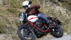 Moto Guzzi V7 II Stornello: la prova della serie speciale - Immagine: 8