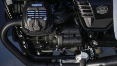Moto Guzzi V7 III Black Pack, cilindro, collettore, pedale del cambio
