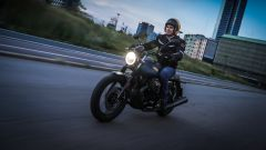 Moto Guzzi V7 III Black Pack, faro a led