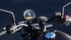 Moto Guzzi V7 III Black Pack, la strumentazione
