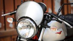 Moto Guzzi V7 III Racer: dettaglio del frontale