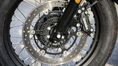Moto Guzzi V7 III Racer: il disco singolo anteriore