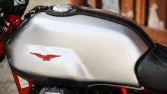 Moto Guzzi V7 III Racer: il serbatoio