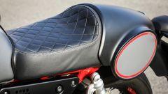 Moto Guzzi V7 III Racer: la sella