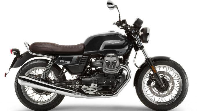 Moto Guzzi V7 III Stone, la promo del Black Friday 2019