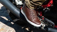 Moto Guzzi V7 Racer 10° Anniversario: le scarpe Stylmartin Core wp