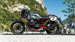 Moto Guzzi V7 Racer 10° Anniversario: vista laterale