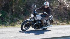 Moto Guzzi V7 850 2021 Stone e Special: il video del test - Immagine: 1