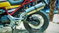 Moto Guzzi V85: dettaglio dello scarico