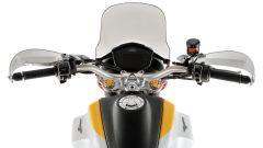 Moto Guzzi V85: la strumentazione è tutta digitale