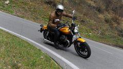 Moto Guzzi V9 Bobber e Roamer - Immagine: 10
