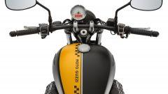 Moto Guzzi V9 Bobber e Roamer - Immagine: 17