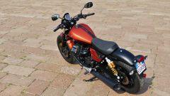 Moto Guzzi V9 Bobber Sport: dall'alto