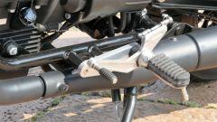 Moto Guzzi V9 Bobber Sport: la pedana sinistra