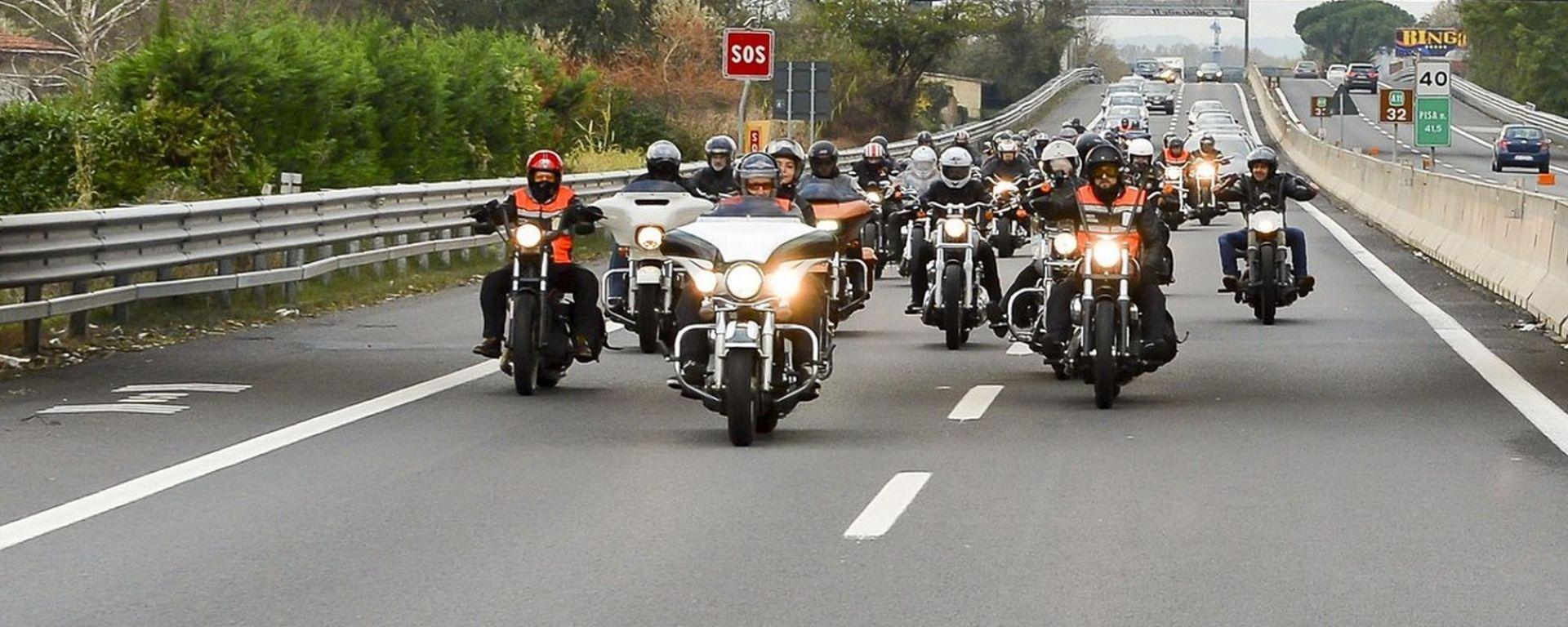 Moto in autostrada, prorogato sconto del 30% per targhe abbinate a Telepass