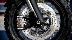 Moto Morini Super Scrambler 1200: l'impianto frenante è marchiato Brembo