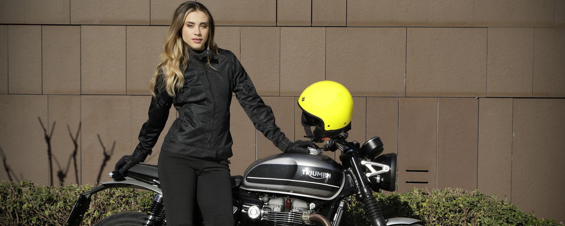 Motogirl Ribbed Leggins: è disponibile solo in colore nero