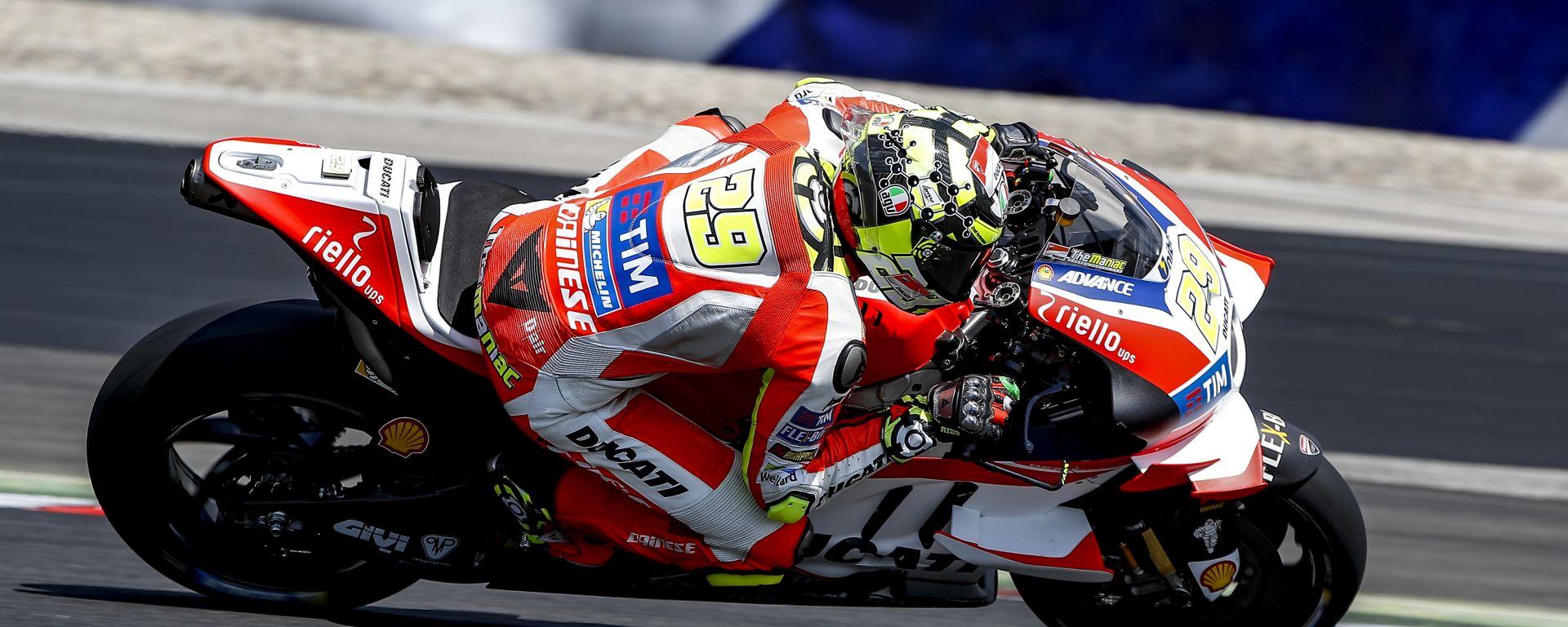 MotoGp 2016: Andrea Iannone il più veloce nei test Austriaci, Casey Stoner non correrà il prossimo GP