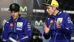 MotoGP 2017: Valentino Rossi e Maverick Vinales svelano le nuove Yamaha MotoGP 2017 - Immagine: 3
