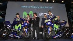 MotoGP 2017: Valentino Rossi e Maverick Vinales svelano le nuove Yamaha MotoGP 2017 - Immagine: 27