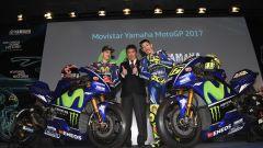 MotoGP 2017: Valentino Rossi e Maverick Vinales svelano le nuove Yamaha MotoGP 2017 - Immagine: 33